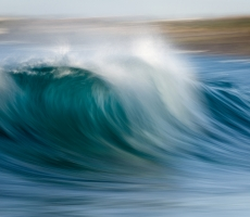 Powerful wave